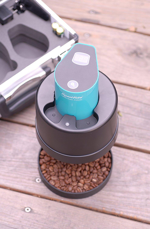 Coffee Roast Degree Analyzer and coffee beans