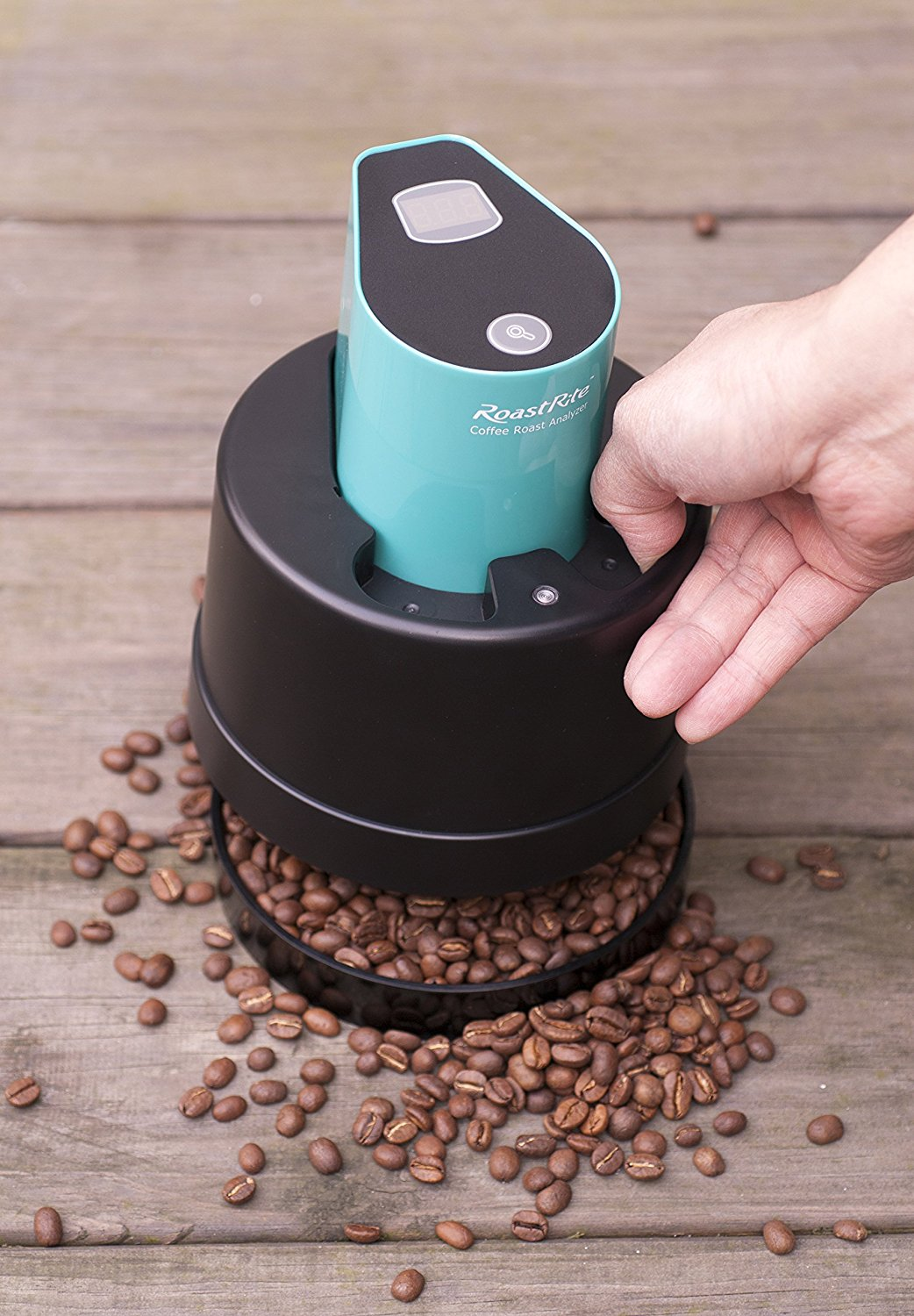 Coffee Roast Degree Analyzer and coffee beans